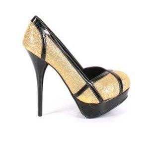 Shoedazzle gold glitter platform shoes, size 7